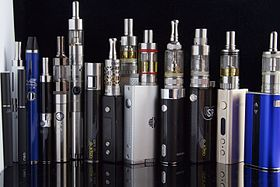 280px-e_cigarettes2c_ego2c_vaporizers_and_box_mods_281767906487129